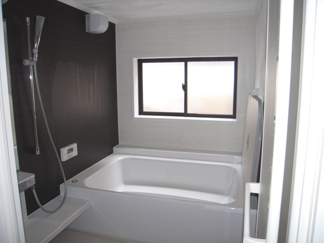 Nakaya b b miyajima rooms rates for Japanese shower room